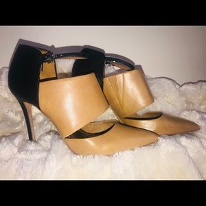Coach Heart New Calf heels